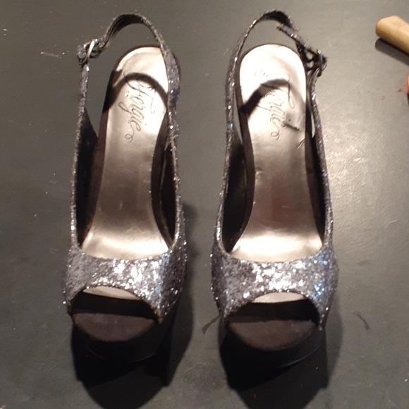 STILLETTO Platform  Heels 8.5 Fergie's